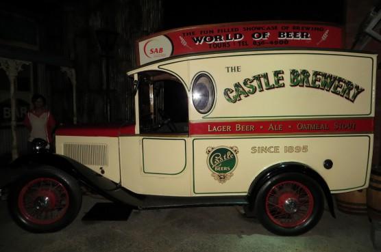 看板ビール「キャッスル」の宣伝にかつて使われていた車